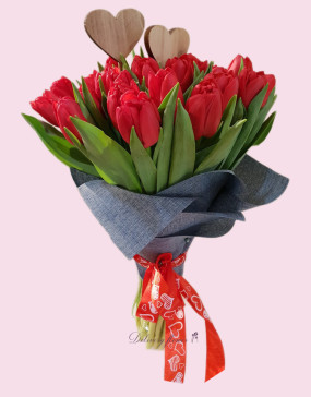 tulips-red